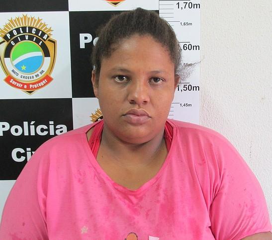 Jane foi presa e autuada em flagrante por tráfico de drogas.