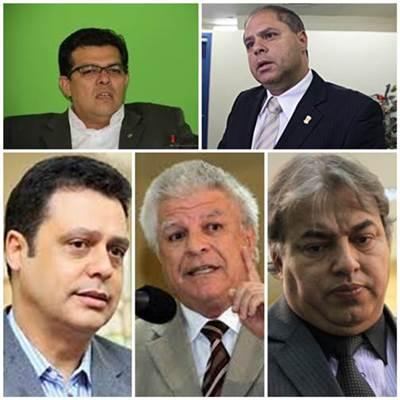 Bernal, que pode ver seu mandato cassado amanhã, acusa os vereadores da oposição, em especial os da bancada do PMDB, de arquitetar um golpe político em parceria com o vice-prefeito Gilmar Olarte (PP) e com um grupo de empresários da Capital que perder