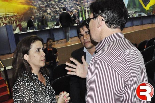 O Grupo Pavei, esta investindo cerca de R$ 1 milhão na ampliação e readequação da antiga PITU Eventos, onde abrigará a FAC-SIDRO (Faculdade de Sidrolândia). Na Câmara o empresário acompanhou os trabalhos dos vereadores na deliberação da votação da Lei