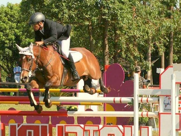 Rafael competindo com o cavalo Urakan.<br />Foto: Divulgação