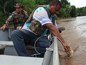 Coleta de água foi realizada em Anastácio<br />Foto: Divulgação / PMA