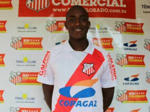 Dudu Lima marcou os dois gols da vitória colorada<br />Foto: Divulgação