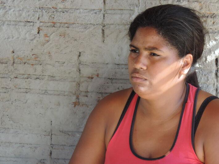 Lindaura Gonçalves,32, auxiliar de produção<br />Foto: Klemerson Rocha