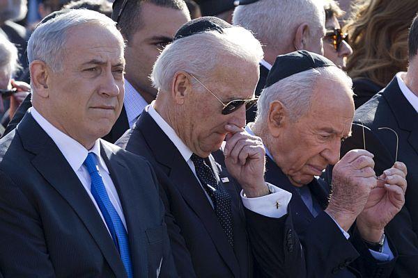 Netanyahu, Biden e Peres participam de cerimônia. Foto: Jim Hollander / Efe