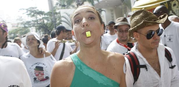 """Marisa Orth no bloco carnavalesco """"Acadêmicos do Baixo Augusta"""", na Rua Augusta, em São Paulo (SP)<br />Foto: Divulgação"""