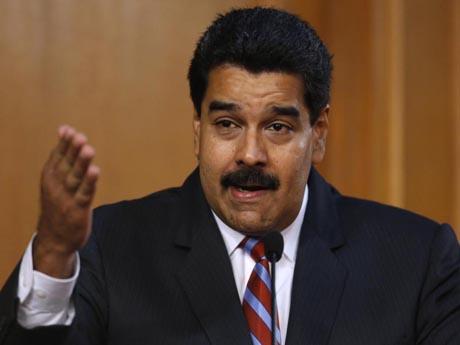 """""""Sobre o fundamento básico do respeito, é possível retomar os temas abordados"""" pelos responsáveis pelas pastas das Relações Exteriores, disse Maduro, lembrando o encontro, em junho passado, entre o secretário de Estado norte-americano, John Kerry, e E"""