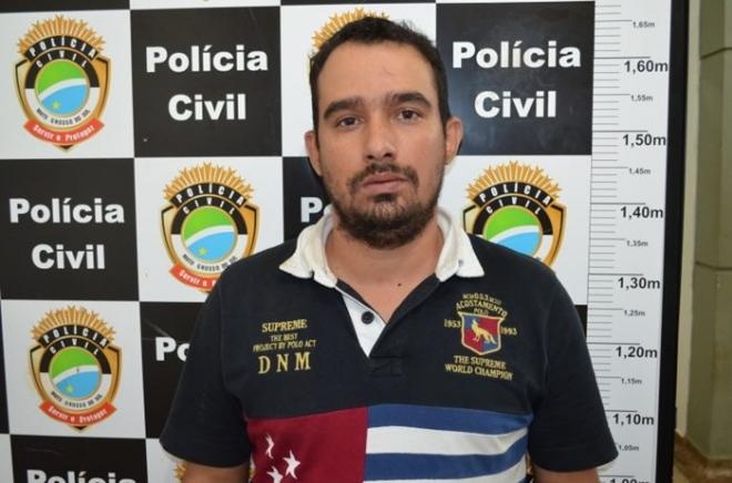 Homem preso por tráfico e foragido da Justiça tenta fugir pelo telhado de hotel<br />Foto: Dourados News
