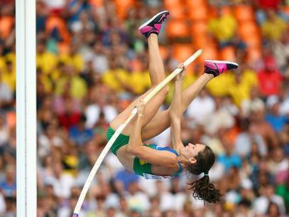 A participação da atleta na competição faz parte dotreinamento para o Campeonato Mundial Indoor em Sopot, na Polônia, que será realizado entre 7 e 9 de março.  Com bons resultados em competições que não tem interferências de condições climáticas, a