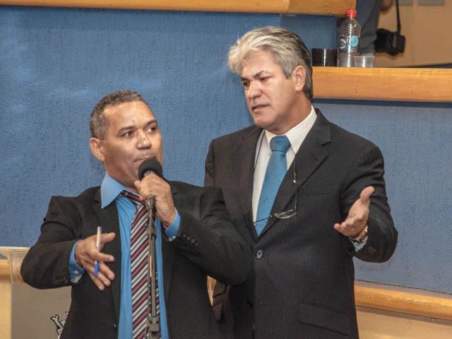 Alex do Pt e Chiquinho Telles (PSD)<br />Foto: Marcelo Calazans