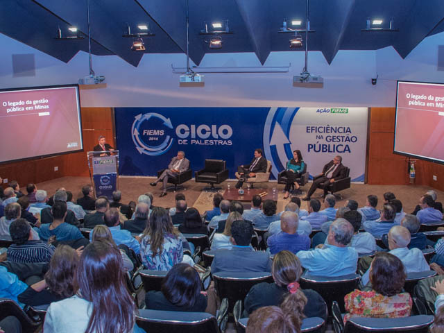 Palestra sobre gestão pública com governador de Minas Gerais Antonio Anastasia (PSDB)<br />Foto: Marcelo Calazans