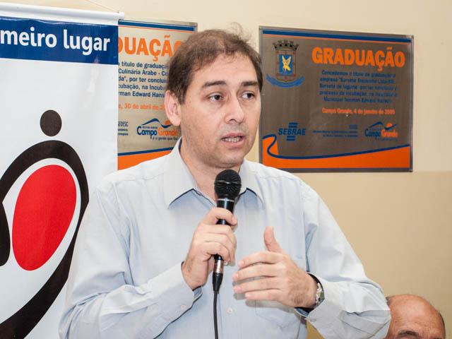 O prefeito Alcides Bernal (PP) acredita que o projeto SIM será votado na próxima semana para beneficiar os agricultores (Foto: Marcelo Calazans)
