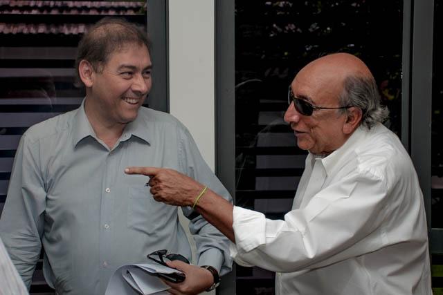 O prefeito Alcides Bernal (PP) agradeceu o trabalho realizado por Pedro Chaves como secretário de governo (Foto: Marcelo Calazans)