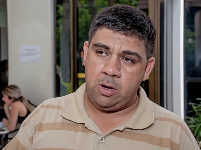 Presidente da Associação dos Mototaxistas, Rony de Oliveira<br />Foto: Marcelo Calazans