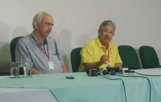 Wilson Teslenco, diretor-presidente da ABCG e diretor técnico da Santa Casa, Dr. Luiz Alberto Hinak Kanamura<br />Foto: Tayná Biazus