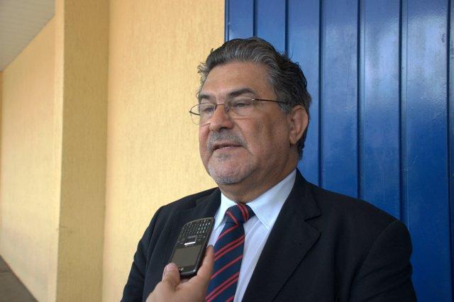 Secretário Municipal de Educação José Chadid<br />Foto: Marcelo Calazans