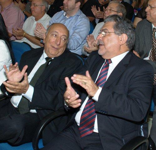 Secretários Pedro Chaves e José Chadid durante cerimônia na Câmara Municipal<br />Foto: Marcelo Calazans