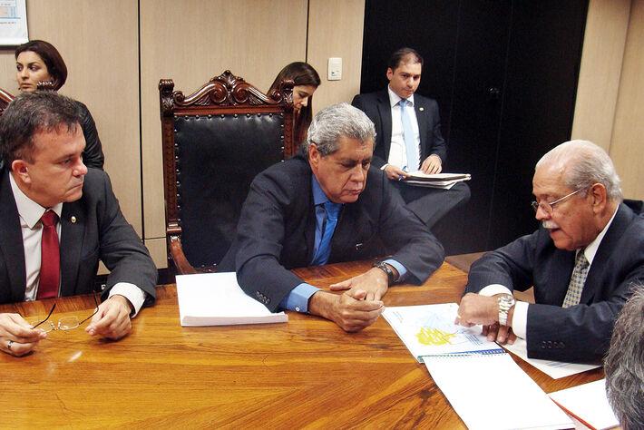 Vander, André e o ministro César Borges<br />Foto; Assessoria