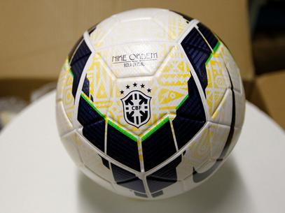 Definida como a competição mais democrática do futebol nacional, a Copa do Brasil já teve seus confrontos divulgados. O São Paulo medirá forças com o CSA-AL, enquanto que o Corinthians medirá forças com o Feira de Santana-BA. Já o Santos terá pela fre