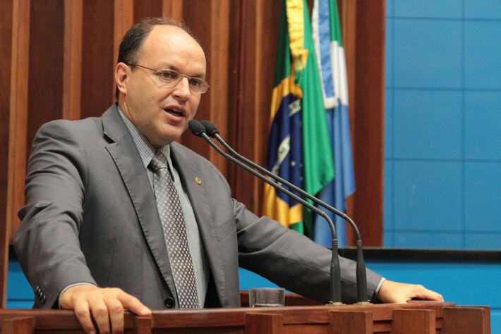 O deputado estadual Junior Mochi (PMDB) destaca que aliança com PT não é bem aceita pela sociedade (Foto: Arquivo)