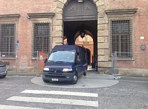 """</p> <p style=""""text-align: justify"""">""""O tribunal justificou a decisão dizendo que há o perigo de fuga para o estado italiano e portanto seria adequado que Pizzolato permaneça na prisão"""", declarou Lorenzo Bergami, advogado de Pizzolato, ao deixar a corte."""