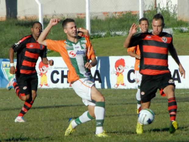 Já classificados, Naviraiense e Águia Negra lutam agora pela ponta do Grupo B com Ubiratan<br />Foto: Gazeta MS