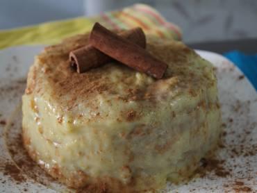 """<p style=""""text-align: justify;"""">Esta semana nossa colunista gastronômica Lili Benites traz uma receita um pouco mais elaborada, porém muito saborosa. o bolo indiano. Saoba como fazer a prenda dicas da Lili para deixar seu bolo ainda mais saboroso.</p>"""