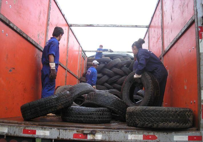 Carga de pneus<br />Foto: Divulgação