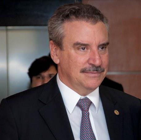 O deputado estadual Paulo Corrêa (PR) ressaltou que a contratação dos médicos paraguaios é importante para suprir os problemas da rede pública de saúde (Foto: Marcelo Calazans)
