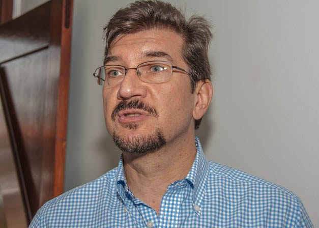 O deputado estadual Pedro Kemp (PT) ressaltou a falta de detalhes na apresentação do projeto de privatização das 11 rodovias de Mato Grosso do Sul (Foto: Marcelo Calazans)