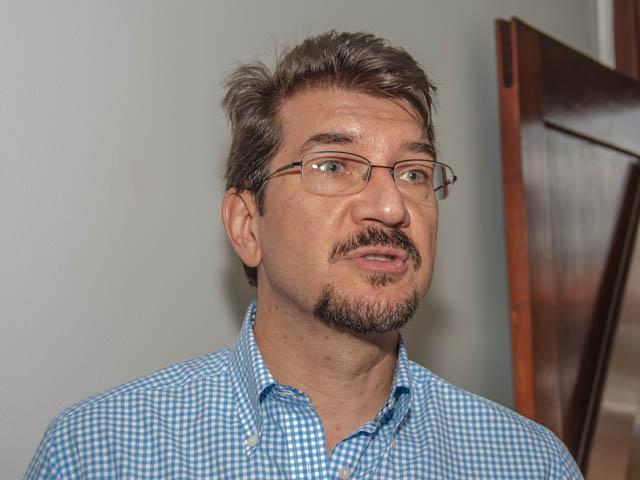 O deputado estadual Pedro Kemp (PT) destacou que é melhor viver com uma democracia considerada ruim do que ter o retorno da Ditadura Militar no Brasil (Foto: Marcelo Calazans)