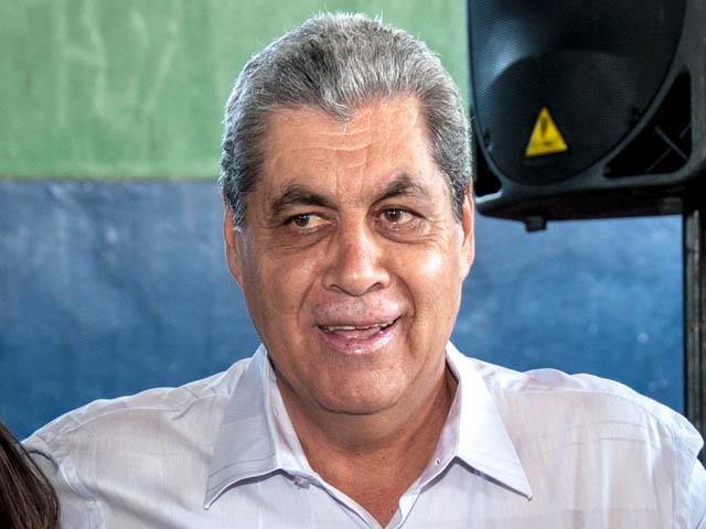 O governador atendeu o pedido do novo prefeito de Campo Grande, Gilmar Olarte (PP) e disponibilizará R$ 500 mil para a compra de medicamentos (Foto: Marcelo Calazans)