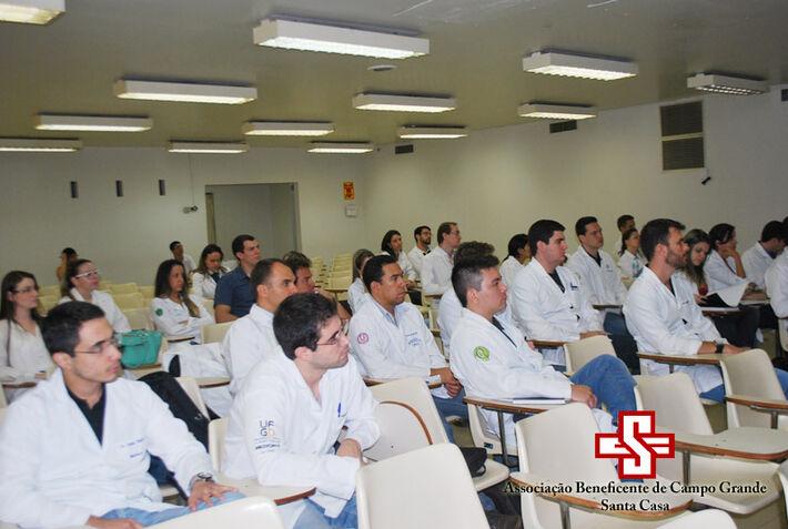 Recepção dos novos residentes da Santa Casa<br />Foto: Assessoria da Santa Casa de Campo Grande
