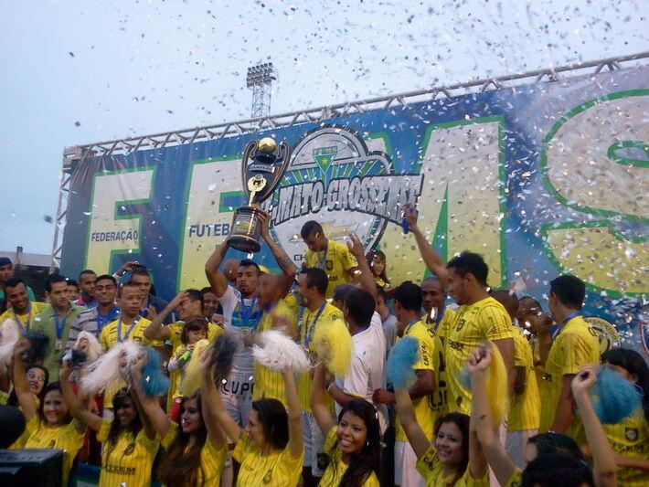 Cene conquistou o sexto título estadual.<br />Foto: Renato Giansante