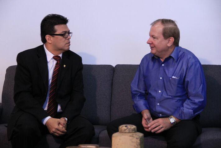 Prefeito Gilmar Olarte (PP) e o empresário Humberto de Souza<br />Foto: Farid Fahed