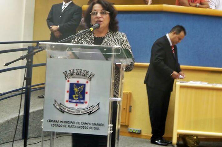 A nova secretária municipal de Assistência Social, Janete Belini D'Oliveira tomou posse na manhã de hoje, durante uma cerimônia realizada na Câmara de Vereadores - Foto: Dany Nascimento