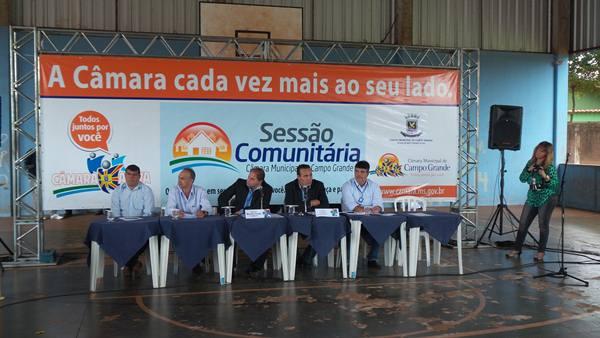 Sessão comunitária realizada na Escola Professora Maria de Lourdes, no Conjunto Rouxinois<br />Foto: Tayná Biazus