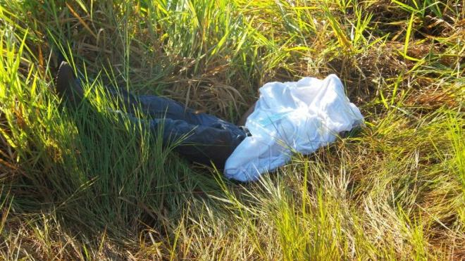Vítima morreu no local. Foto: Cido Costa