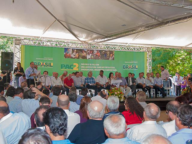 O evento foi realizado na Assomasul com a presença da bancada estadual e federal (Foto: Marcelo Calazans)