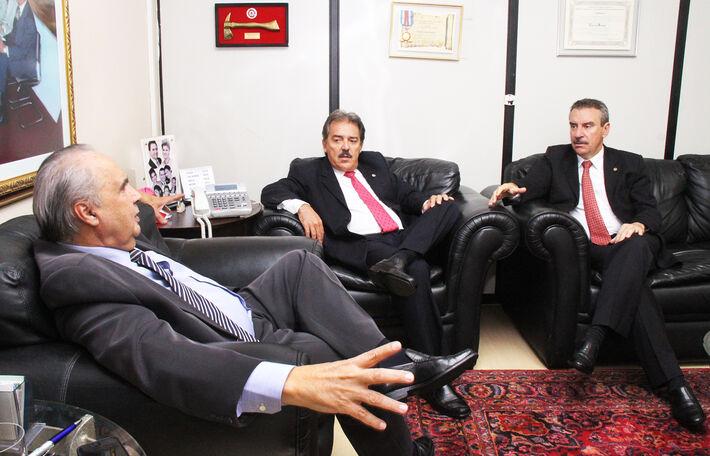 Deputados Londres Machad, Antônio Carlos Arroyo e Paulo Corrêa (PR)<br />Foto: Assessoria