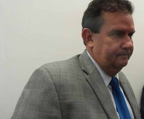 O deputado estadual Eduardo Rocha (PMDB) afirma que não acredita que André se licenciará do partido - Foto: Arquivo