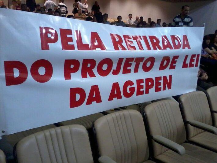 Servidores da Agepen protestam contra projeto de lei sobre reajuste salarial da categoria<br />Foto: Dany Nascimento