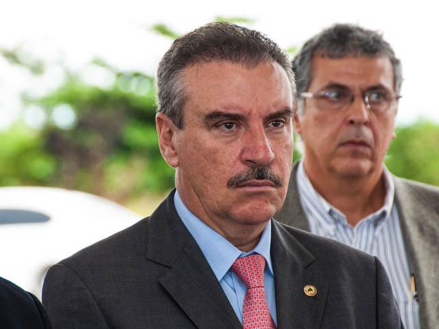 O deputado Paulo Corrêa (PR) ressalta que sempre apoiou Delcídio do Amaral (Foto: Marcelo Calazans)