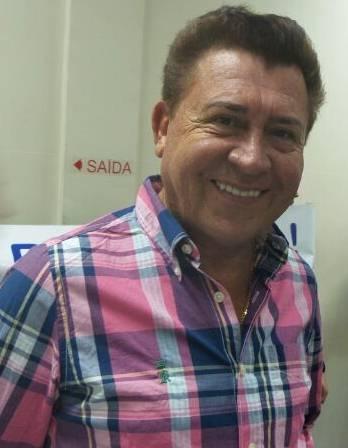 Coordenador do VovóZiza Valdir Gomes conta que centro estava com problemas de infraestrutura e havia vazamento nos banheiros<br />Foto&gt; Dany Nascimento
