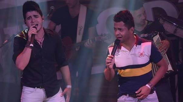 A dupla Thiago e Graciano que vem conquistando o reconhecimento daqueles que admiram a música sertaneja, promete agitar o público na próxima quinta-feira - Foto: Reprodução