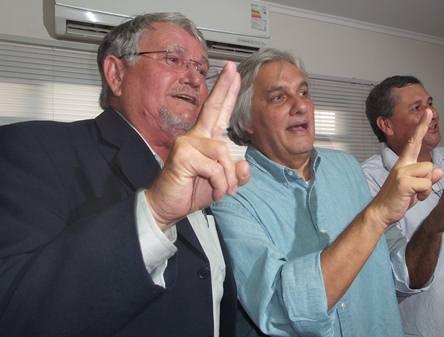 Vereador Zeca e senador Delcídio do Amaral<br />Foto: Heloísa Lazarini