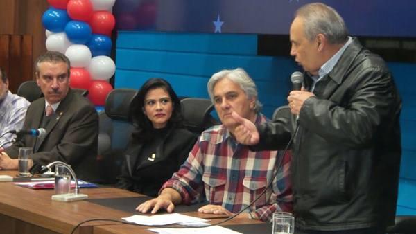 Encontro regional do PR com o pré-candidato a governo do Estado, Delcídio do Amaral (PT)<br />Foto: Dany Nascimento