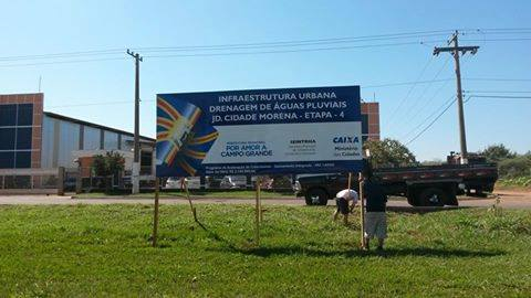 A prefeitura da Capital já posicionou as máquinas e colocou a placa informando o início das obras - Foto: Divulgação