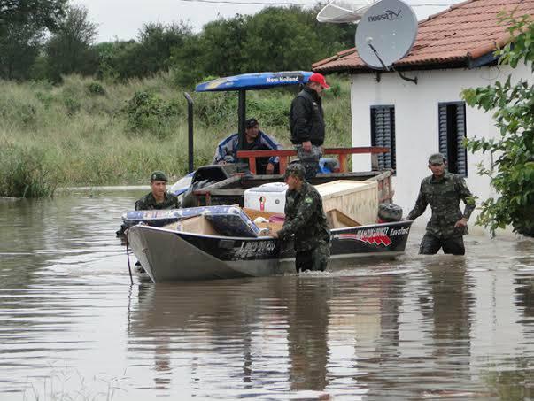 Chuvas deixaram famílias desabrigadas em Porto Murtinho