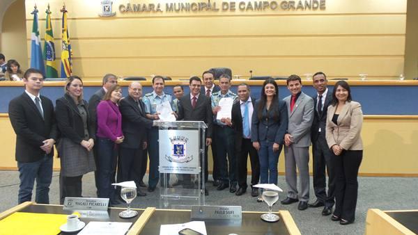 Assinatura do termo entre Câmara de Vereadores e Polícia Militar<br />Foto: Tayná Biazus