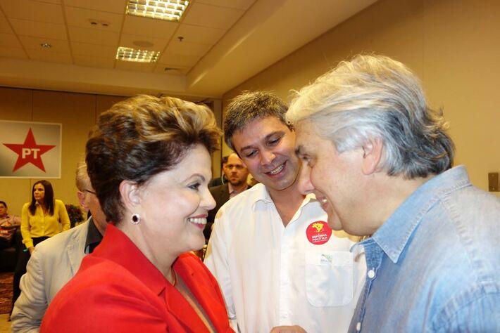 Presidente Dilma Rousseff e senador Delcídio do Amaral ambos do PT<br />Foto: arquivo